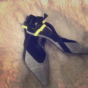 BRAND NEW Zara plaid kitten heels